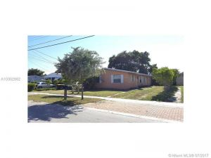 113 NW 10th Ct. Dania Beach, Florida - Hometaurus
