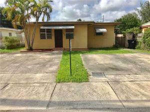 7225 SW 21 St. Miami, Florida - Hometaurus