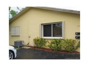 320 SW 13th St. Dania Beach, Florida - Hometaurus