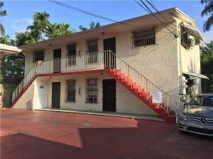 1910 NW 28th St. Miami, Florida - Hometaurus