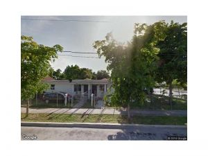 4282 NW 1st Ave. Miami, Florida - Hometaurus