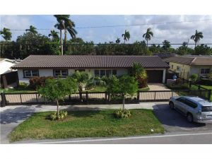 1950 NE 199 St. Miami, Florida - Hometaurus