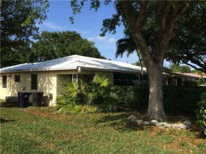 2255 NE 173rd St. North Miami Beach, Florida - Hometaurus