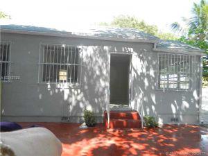 1900 NW 22nd Ave. Miami, Florida - Hometaurus