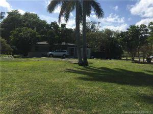 11434 NW 22nd Ave. Miami, Florida - Hometaurus