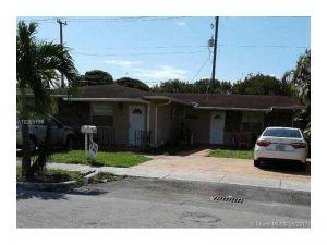 11340 SW 7th St. Sweetwater, Florida - Hometaurus