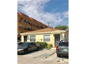 930 SW 29th Ave. Miami, Florida - Hometaurus