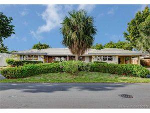 2100 NE 45th St. #1-2. Fort Lauderdale, Florida - Hometaurus