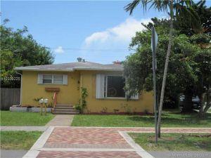 61 SW 14th St. Dania Beach, Florida - Hometaurus