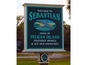 13405 N Indian River Dr. Sebastian, Florida - Hometaurus