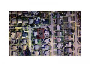 680 SW 12th Ct. Deerfield Beach, Florida - Hometaurus