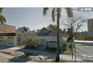 2923 NE 2 Av. Miami, Florida - Hometaurus
