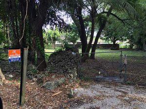 136 NW 164 St. Biscayne Gardens, Florida - Hometaurus