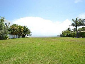 630 South  Mashta Dr. Key Biscayne, Florida - Hometaurus