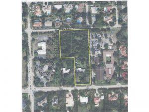 8501 SW 112 St. Miami, Florida - Hometaurus