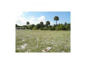 143 NE 7th Ct. Deerfield Beach, Florida - Hometaurus