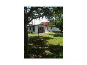 7855 SW 129 Te. Pinecrest, Florida - Hometaurus