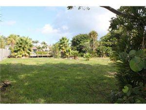 1835 S Ocean Dr. Fort Lauderdale, Florida - Hometaurus