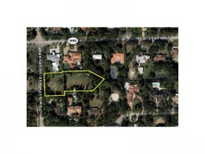 10493 SW 67  Ave. Pinecrest, Florida - Hometaurus