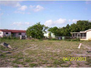 2971 NW 209 Terrace. Miami Gardens, Florida - Hometaurus