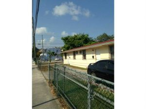 2521 NW 1 Av. Miami, Florida - Hometaurus
