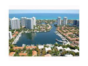 3601 NE 207 St #N34. Aventura, Florida - Hometaurus