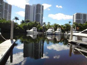 3575 Mystic Pointe Dr #107. Aventura, Florida - Hometaurus