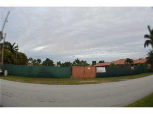 2891 SW 128 Av. Miami, Florida - Hometaurus
