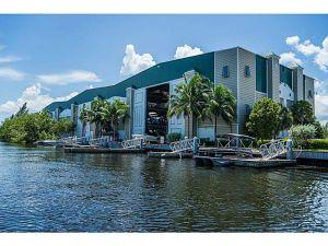 90 N Bryan Rd. Dania Beach, Florida - Hometaurus
