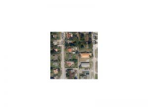 846 NE 5 Av. Homestead, Florida - Hometaurus