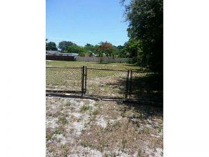 1532 SW 29 Te. Fort Lauderdale, Florida - Hometaurus