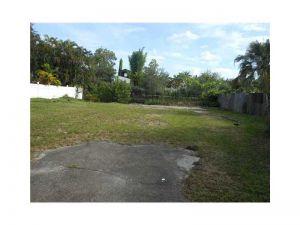 3720 SW 47th Ct. Fort Lauderdale, Florida - Hometaurus