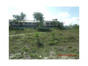 724 Harris Te. Fort Lauderdale, Florida - Hometaurus