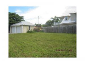 188 Yale Dr. Lakeworth, Florida - Hometaurus