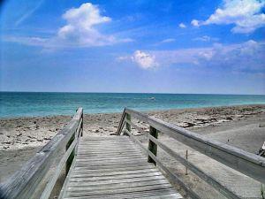 2431 NE Ocean Blvd. Hutchinson Island, Florida - Hometaurus