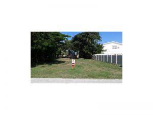 500 NE 20 Av. Deerfield Beach, Florida - Hometaurus