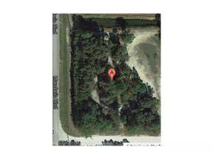 6744 Mandarin Blvd. Loxahatchee, Florida - Hometaurus