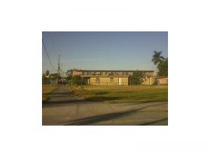338 SW 3 Av. Homestead, Florida - Hometaurus