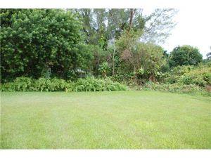10000 SW 58 St. Miami, Florida - Hometaurus