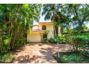 1250 Asturia Ave. Coral Gables, Florida - Hometaurus