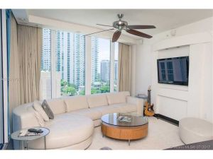333 NE Las Olas Way #1008. Fort Lauderdale, Florida - Hometaurus
