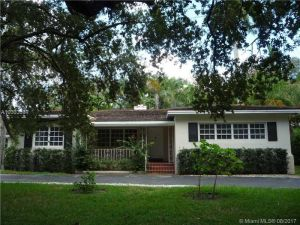 4801 Alhambra Circle. Coral Gables, Florida - Hometaurus