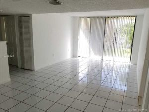 8000 SW 149th Ave #305. Miami, Florida - Hometaurus