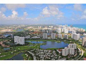 3161 NE 210 St. Aventura, Florida - Hometaurus