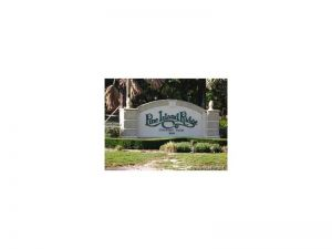 9235 Lagoon Pl #407. Davie, Florida - Hometaurus