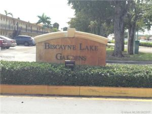 20200 NE 29th Ct #N102. Aventura, Florida - Hometaurus