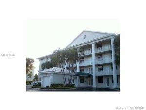 1715 Whitehall Dr #406. Davie, Florida - Hometaurus