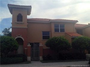 5002 S Harbor Isles #2410. Davie, Florida - Hometaurus