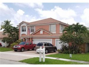 15458 SW 146th St. Miami, Florida - Hometaurus