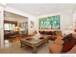 3920 Monserrate St. Coral Gables, Florida - Hometaurus